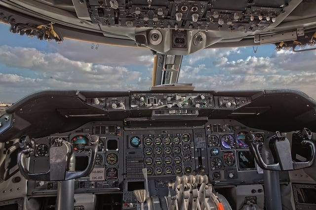 B747 Cockpit