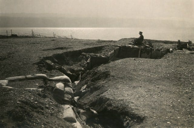 Turkish_trenches_at_Dead_Sea2-640x480