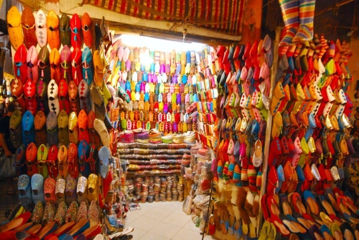 Colourful_shoes_in_Marrakech (Small)