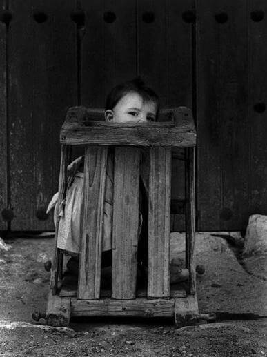 Cuenca-Spain-1961-Insane-asylum