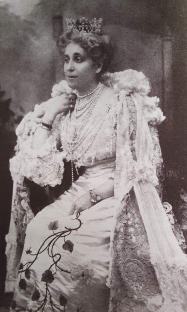 פלורה ששון 1907